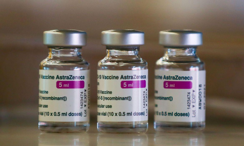 covid-19:-fiocruz-vai-entregar-5-milhoes-de-doses-de-vacina-na-sexta