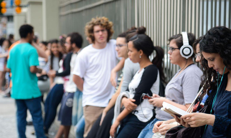 perda-de-audicao-pode-comecar-na-juventude,-dizem-especialistas