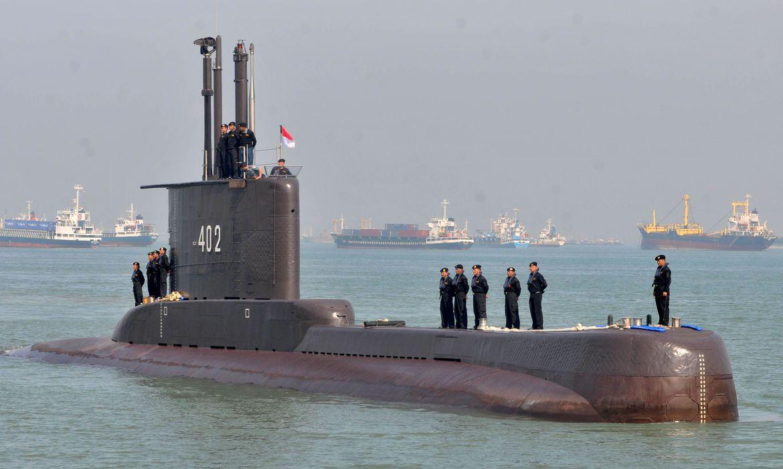 submarino-indonesio-que-estava-desaparecido-e-encontrado-aos-pedacos