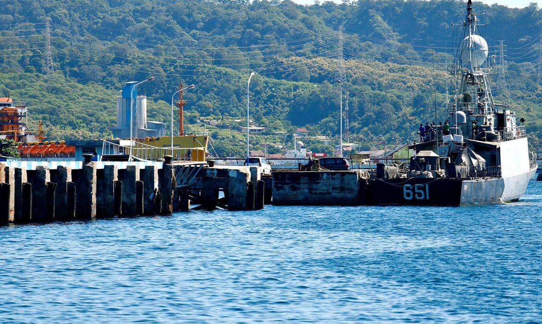braga-netto-manifesta-pesar-por-naufragio-de-submarino-da-indonesia