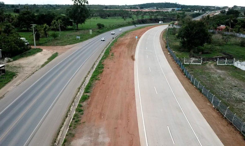 governo-inaugura-na-bahia-22-km-de-pistas-duplicadas-na-br-101