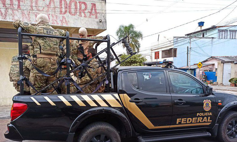 policia-federal-faz-operacao-contra-trafico-de-drogas-em-cinco-estados