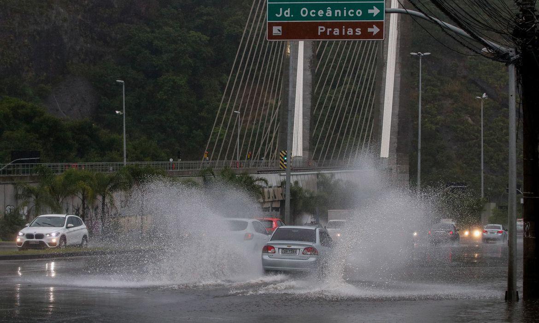 chuva-forte-interdita-casas-na-zona-sul-do-rio-de-janeiro