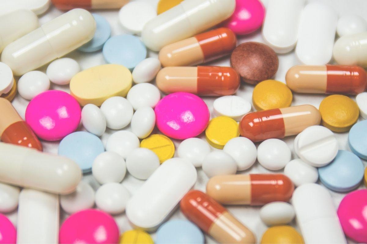 Hospitais têm déficit de 7,6 milhões de medicamentos para Covid-19