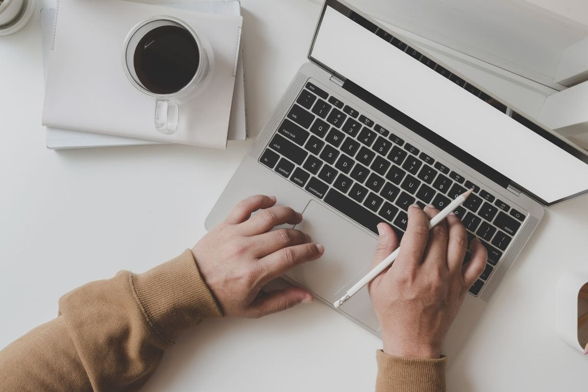 Produtos para o home office atraem até 20 vezes mais buscas online
