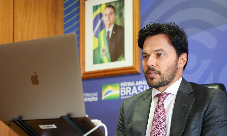 fabio-faria-assina-portaria-de-criacao-do-programa-digitaliza-brasil