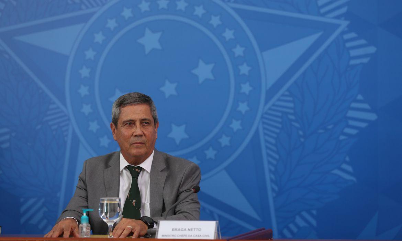 orcamento-atende-metade-das-necessidades-da-defesa,-diz-ministro