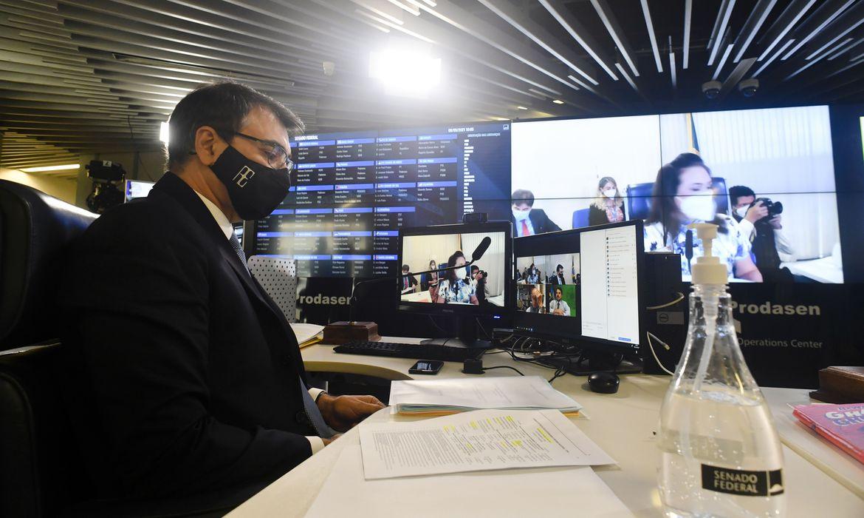 chanceler-brasileiro-diz-que-pretende-ampliar-relacoes-com-china