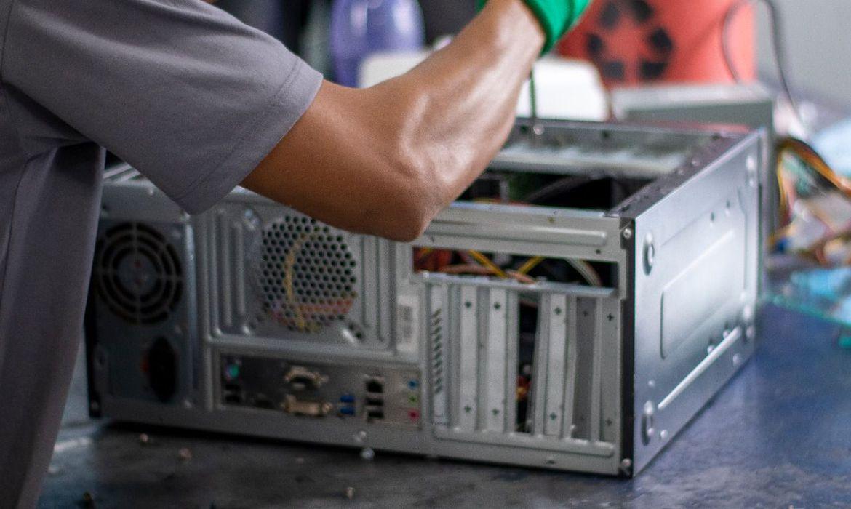 programa-conserta-e-doa-computadores-a-escolas-e-bibliotecas
