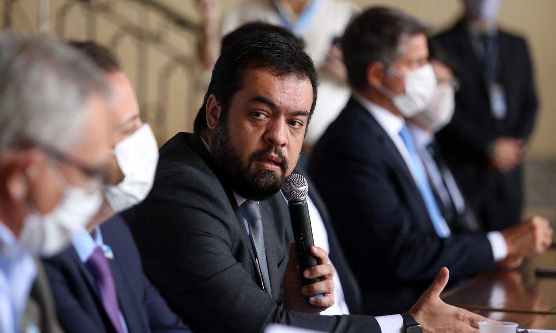 governador-do-rio-diz-que-operacao-foi-'fiel-cumprimento-de-mandados'