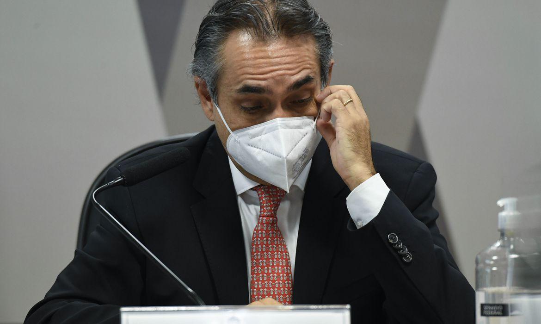 cpi:-representante-da-pfizer-detalha-negociacao-de-vacinas-com-brasil