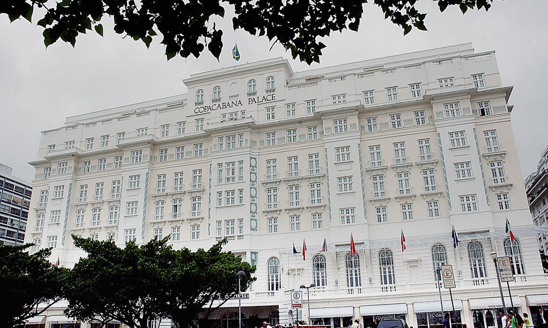 copacabana-palace-e-multado-em-r$-15-mil-por-festa-com-aglomeracao