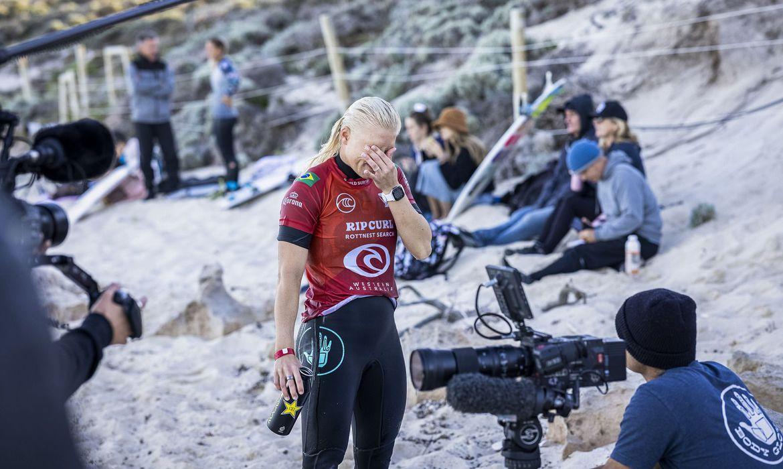 surfe:-tatiana-weston-webb-e-eliminada-em-rottnest-search