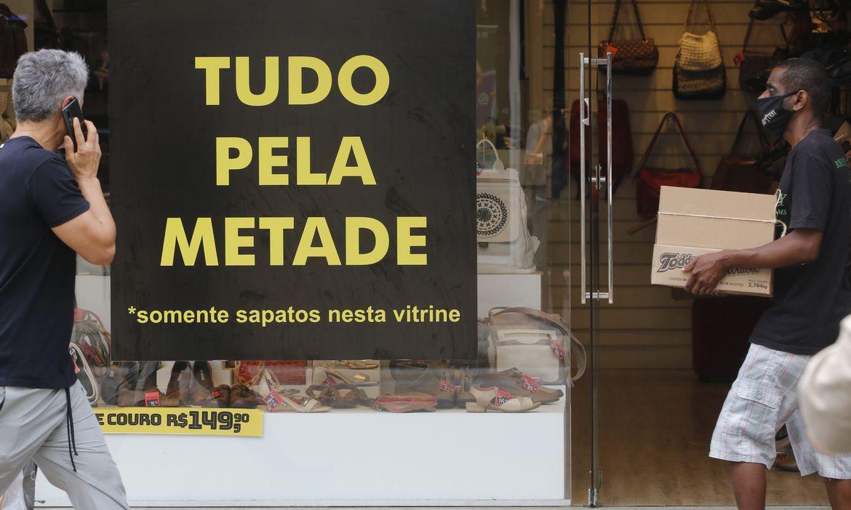 confianca-dos-empresarios-do-comercio-cai-1,2%-em-maio,-diz-cnc