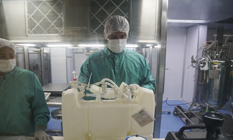 covid-19:-fiocruz-desenvolve-esforcos-para-elevar-producao-de-vacinas