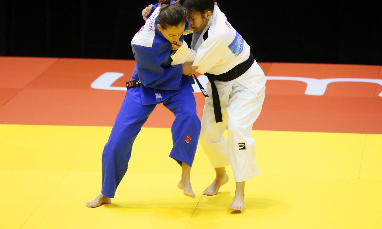 paralimpiada:-lucia-araujo-leva-o-bronze-no-gp-de-judo-do-azerbaijao