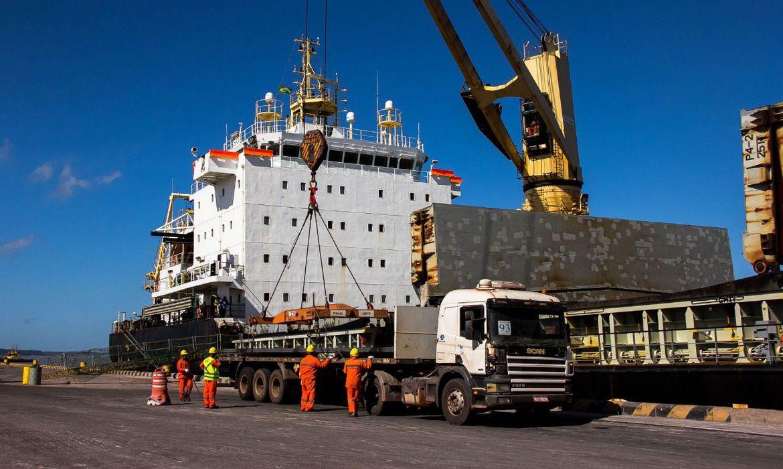 covid-19:-trabalhadores-portuarios-sao-vacinados-em-sao-paulo