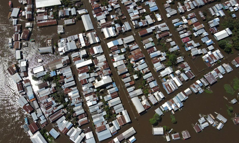 cheia-dos-rios-no-amazonas-afeta-mais-de-450-mil-pessoas-no-estado
