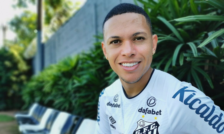 brasileiro:-santos-pode-ter-cinco-novidades-para-estreia-contra-bahia