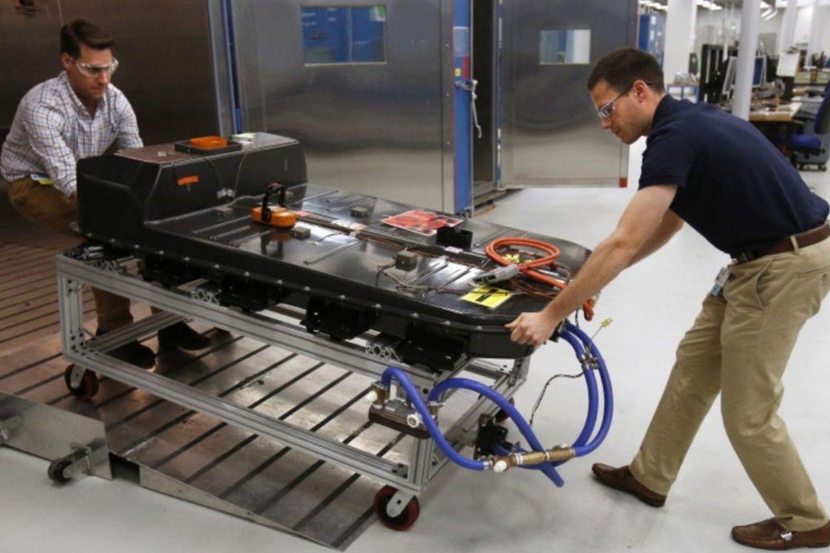 Como as baterias de carros elétricos são recicladas