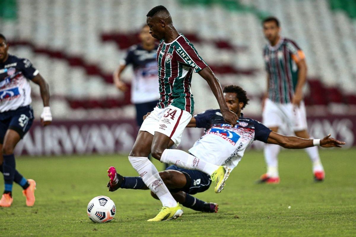 Após derrota na Libertadores, Fluminense foca na final do Carioca