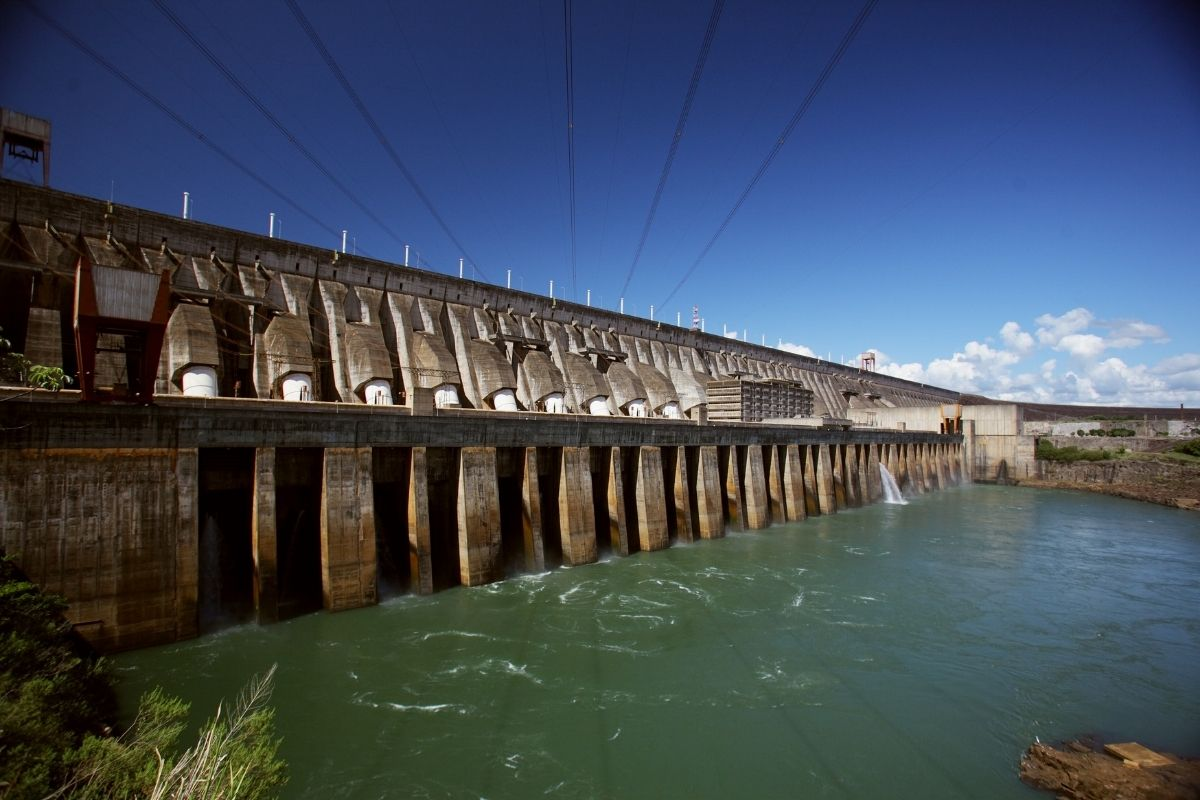 Menor nível de chuvas em 91 anos pode causar crise energética