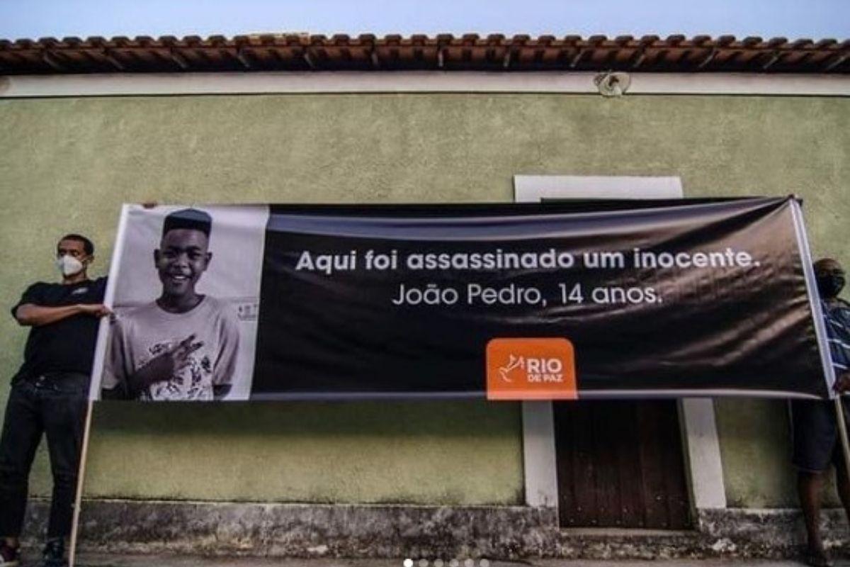 Atos no Rio marcam 1 ano da morte João Pedro Mattos, de 14 anos