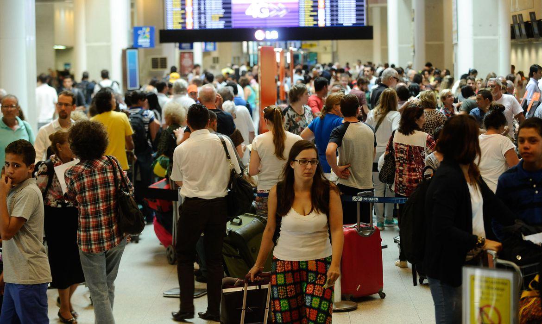 rio-vacina-quem-trabalha-em-aeroportos-e-no-porto