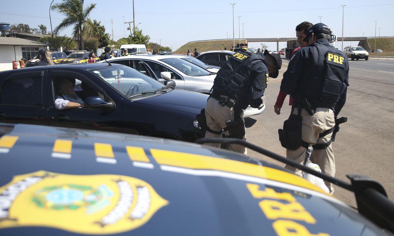 prf-aplica-mais-de-35-mil-multas-em-rodovias-durante-feriado