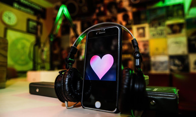 ecad-tem-mais-de-132-mil-musicas-cadastradas-com-amor-no-titulo
