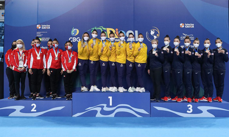 olimpiada:-conjunto-brasileiro-de-ginastica-ritmica-esta-em-toquio