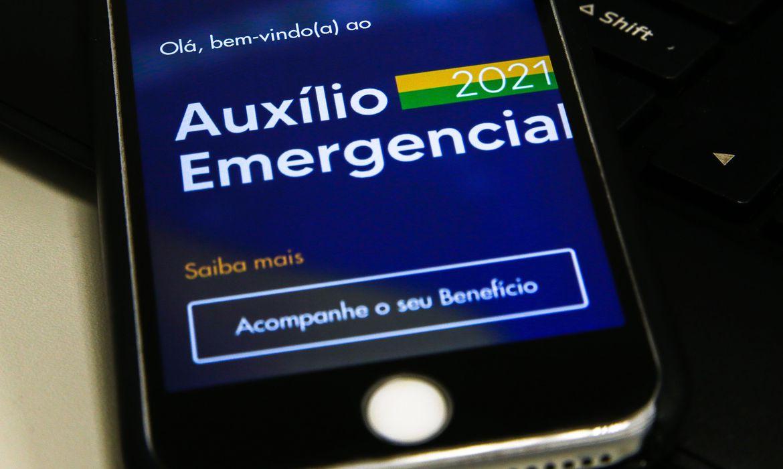 trabalhadores-nascidos-em-setembro-podem-sacar-o-auxilio-emergencial