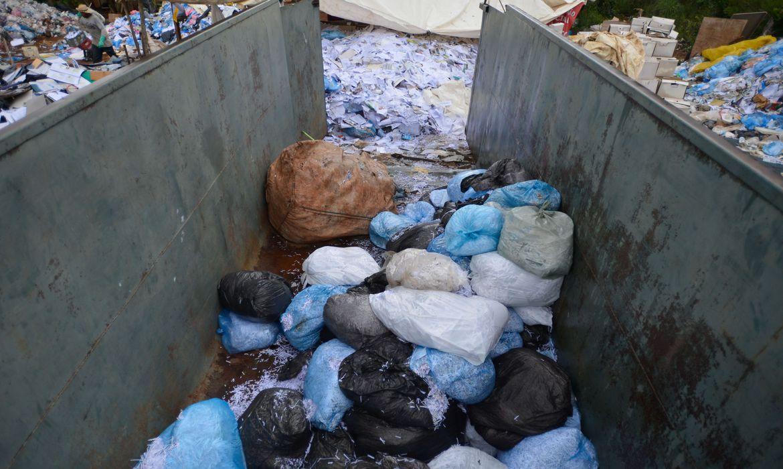 governo-assina-acordos-que-podem-fechar-lixoes-e-despoluir-rios