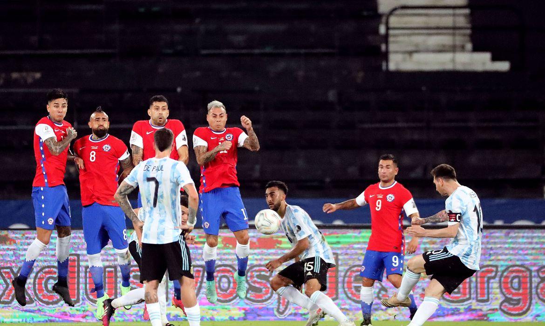 copa-america:-argentina-e-chile-empatam-em-1-a-1-no-rio-de-janeiro