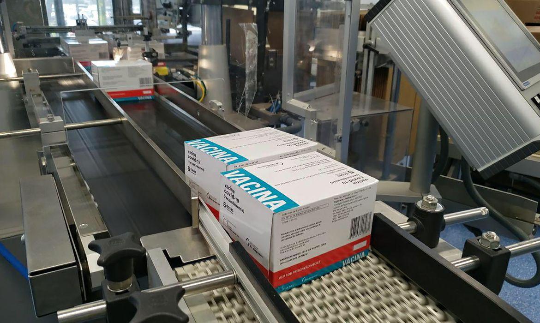 fiocruz-entrega-cerca-de-5-milhoes-de-doses-da-vacina-contra-covid-19