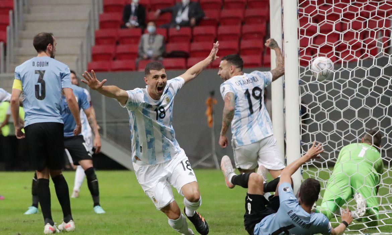 copa-america:-no-classico-do-rio-da-prata,-argentina-supera-uruguai