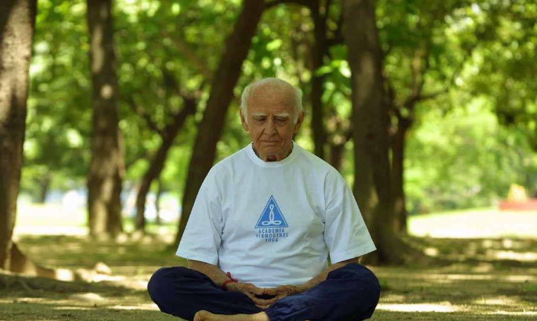 dia-mundial-da-yoga:-atividade-terapeutica-melhora-qualidade-de-vida