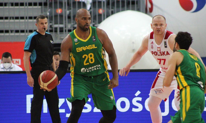 basquete:-brasil-vence-polonia-em-amistoso-antes-do-pre-olimpico