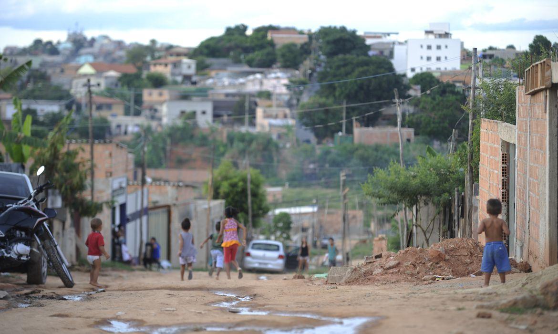 em-2019,-38%-da-populacao-tinha-alguma-dificuldade-de-acesso-a-agua