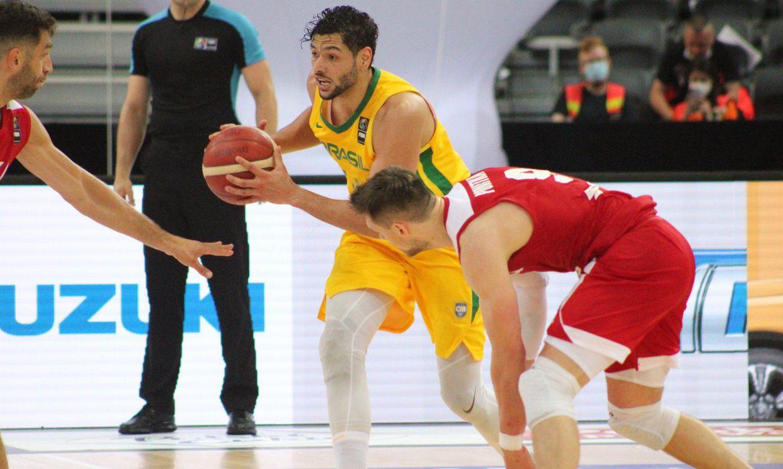 basquete:-brasil-vira-no-ultimo-quarto-e-vence-polonia-pela-2a-vez