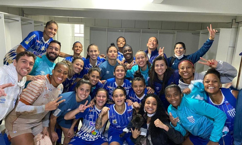 brasileiro-feminino:-avai/kindermann-conquista-ultima-vaga-nas-quartas