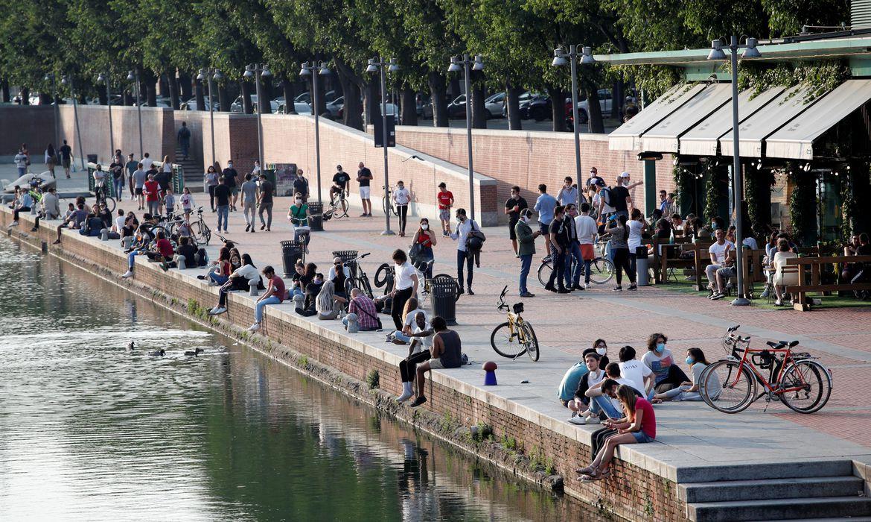 italia-e-espanha-suspendem-exigencia-de-mascaras-em-locais-publicos