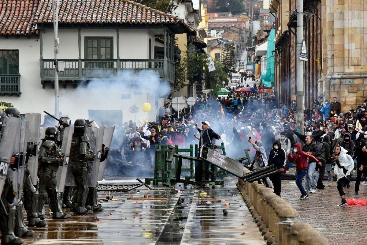 A democracia e as suas frustrações na América Latina
