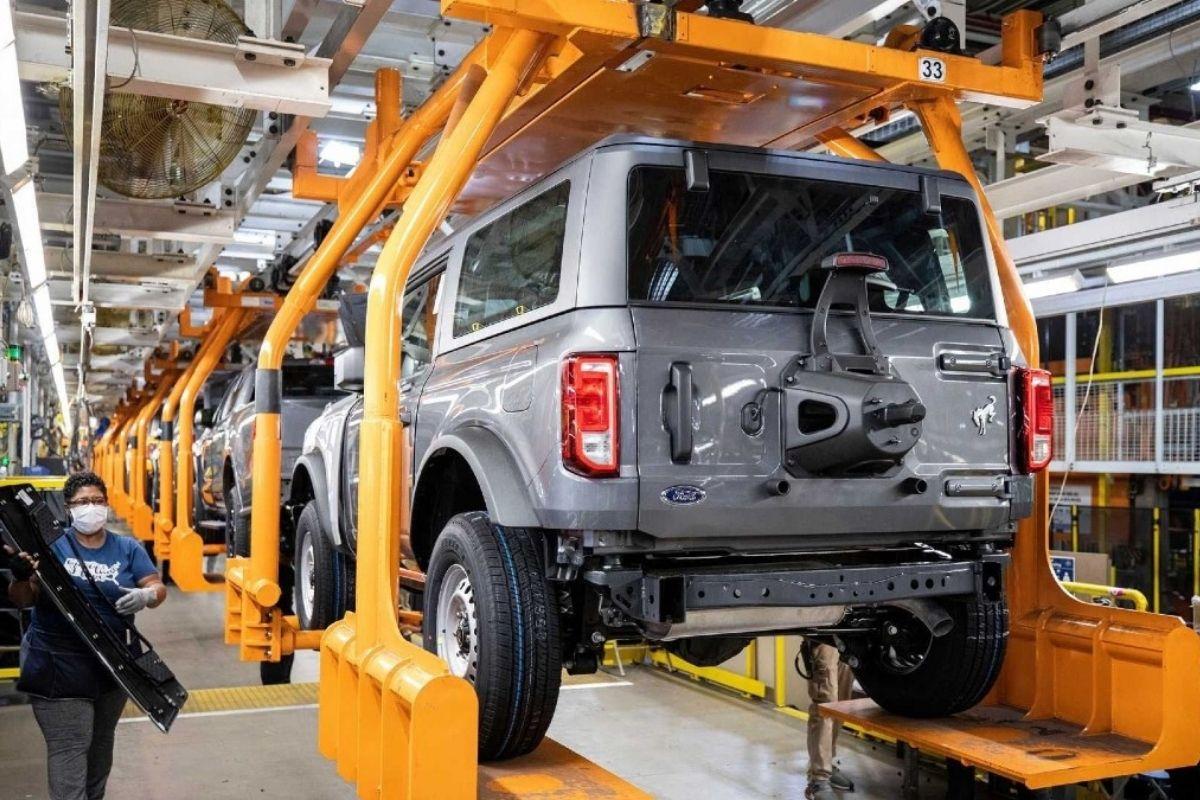 Ford iniciou a produção do novo Bronco