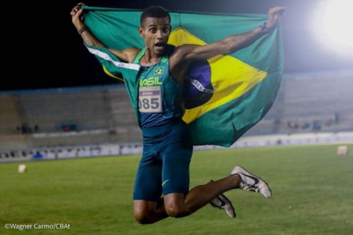 Maratonista brasileiro treina no Quênia para Jogos de Tóquio