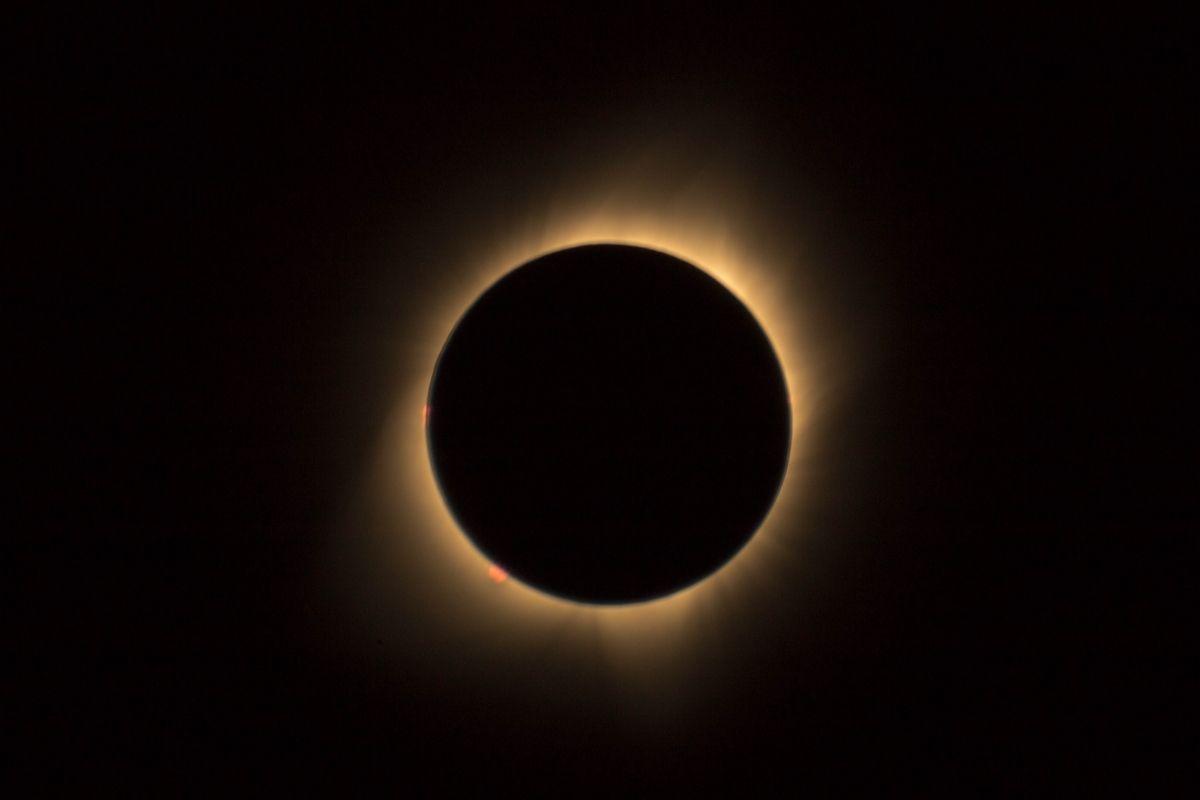 Observatório Nacional transmite eclipse raro nesta manhã