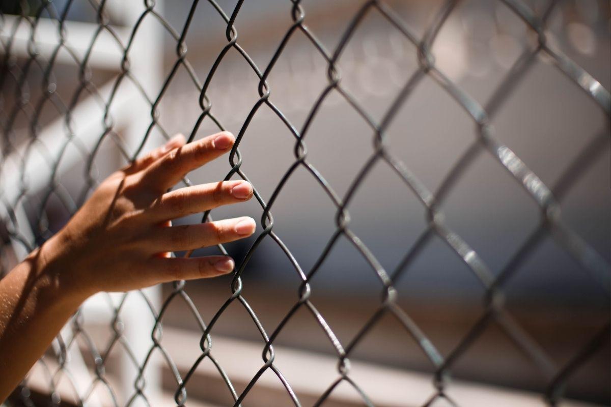 Projeto de ex-alunos da USP traz oportunidade para quem saiu da prisão