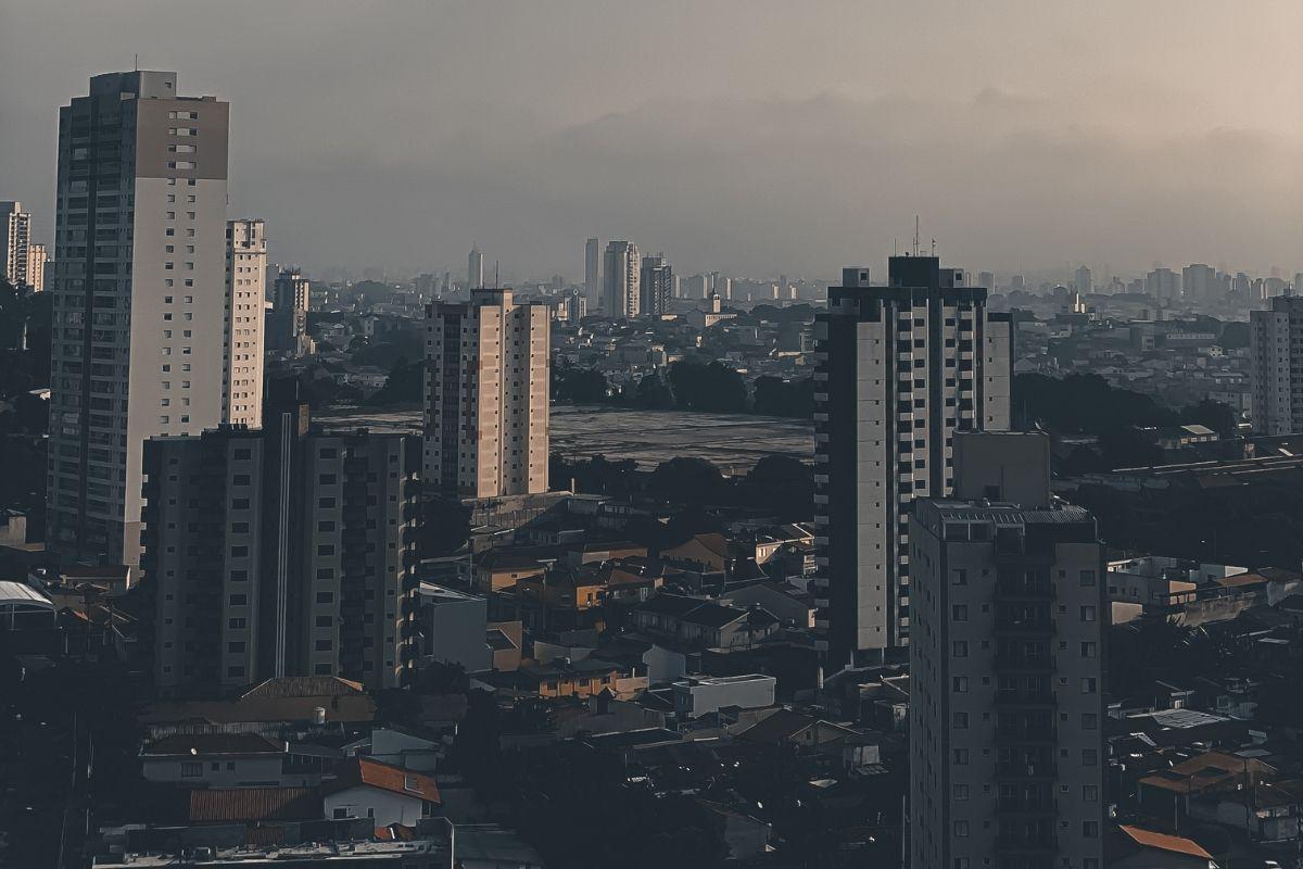 Indígenas bloqueiam Rodovia dos Bandeirantes em São Paulo