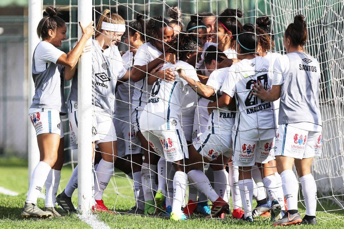 Santos vence Real Brasília por 3 a 0