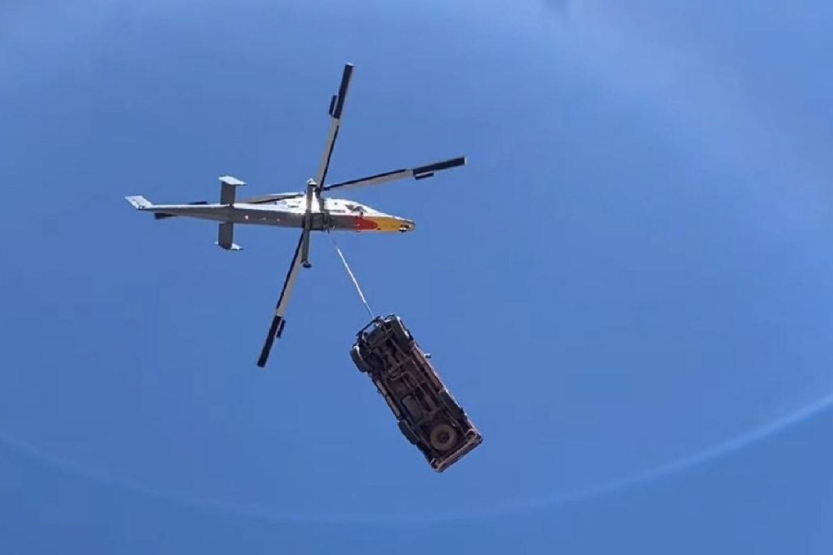 Toyota Hilux foi lançado a mais de três mil metros de altura